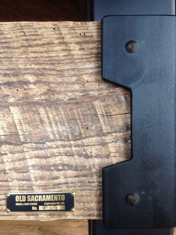 重厚感あふれる古材とアイアンのダイニングテーブル 画像8